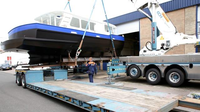 Lesboot Union terug naar scheepswerf De Chinook