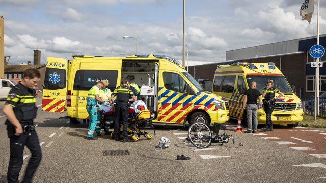 Fietser gewond na aanrijding met auto Strandweg IJmuiden